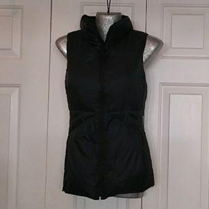 Puffer black vest light weight small like NEW